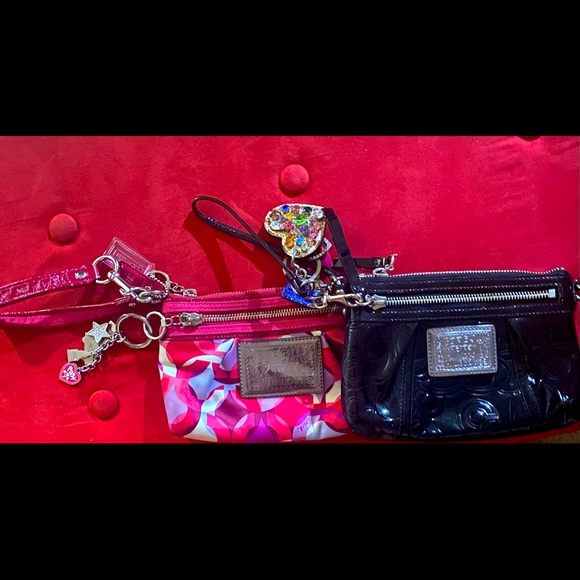 COACH POPPY Wristlets package deal